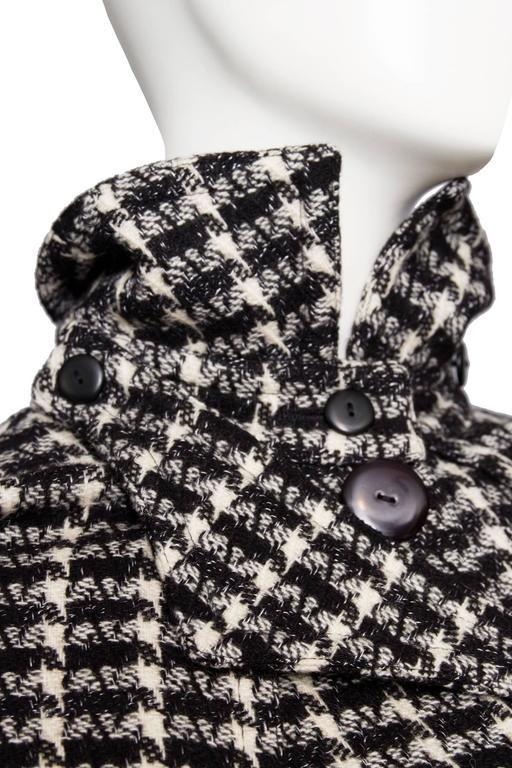 A 1980s Lanvin Capped Tartan Wool Coat  For Sale 3