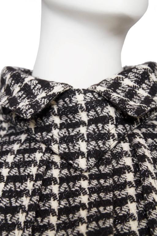 A 1980s Lanvin Capped Tartan Wool Coat  For Sale 2