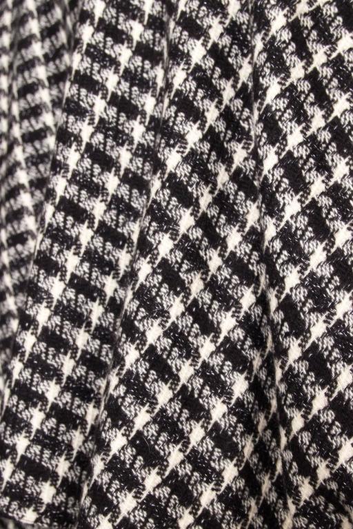 A 1980s Lanvin Capped Tartan Wool Coat  For Sale 4