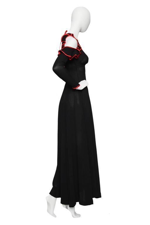 A Stunning 1970s Ossie Clark Black Evening Gown  In Good Condition For Sale In Copenhagen, DK