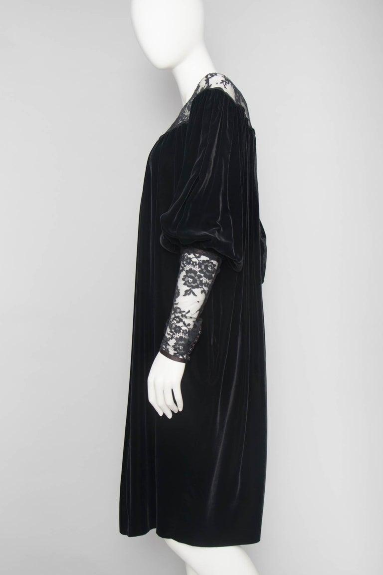 ff4fc9d6c16 Women's or Men's Yves Saint Laurent Rive Gauche vintage Black Velvet Dress  With Lace Detail For