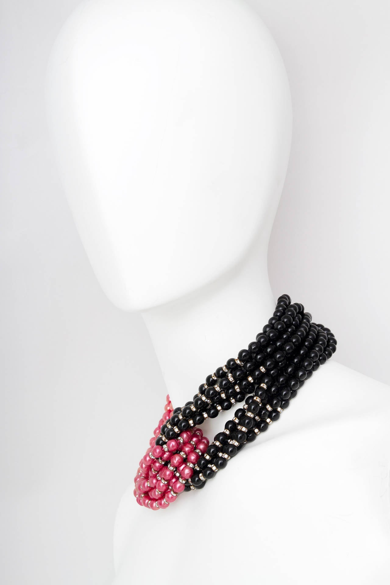 Stunning Late 1970s Céline Heavy Black & Pink Pearl Necklace 4