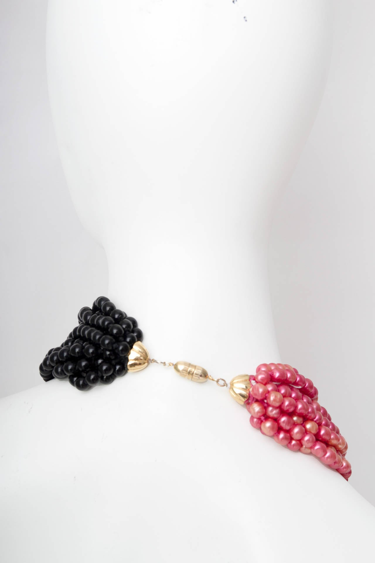 Stunning Late 1970s Céline Heavy Black & Pink Pearl Necklace 6