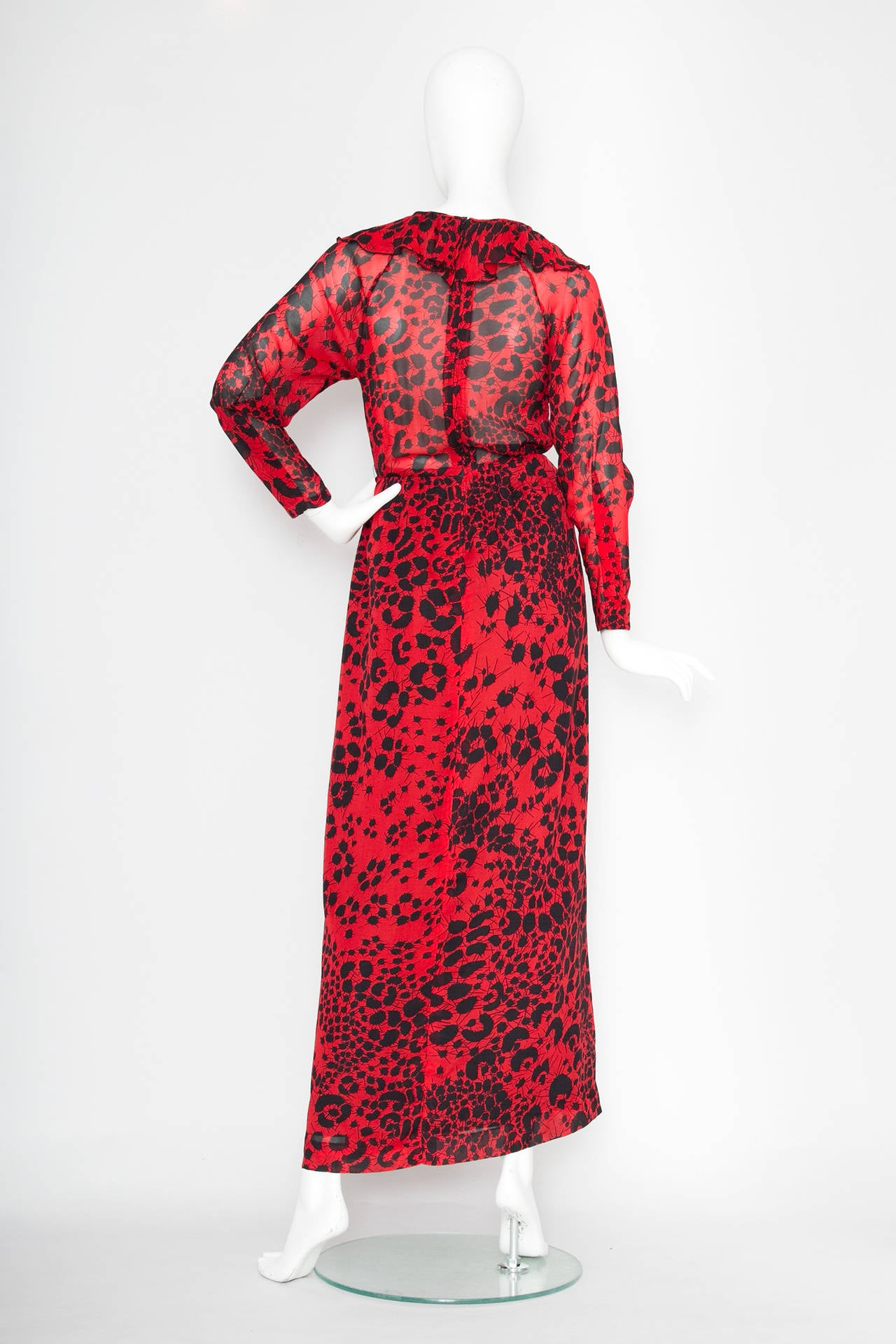 Women's Dramatic 1970s Lanvin Red Silk Dress For Sale