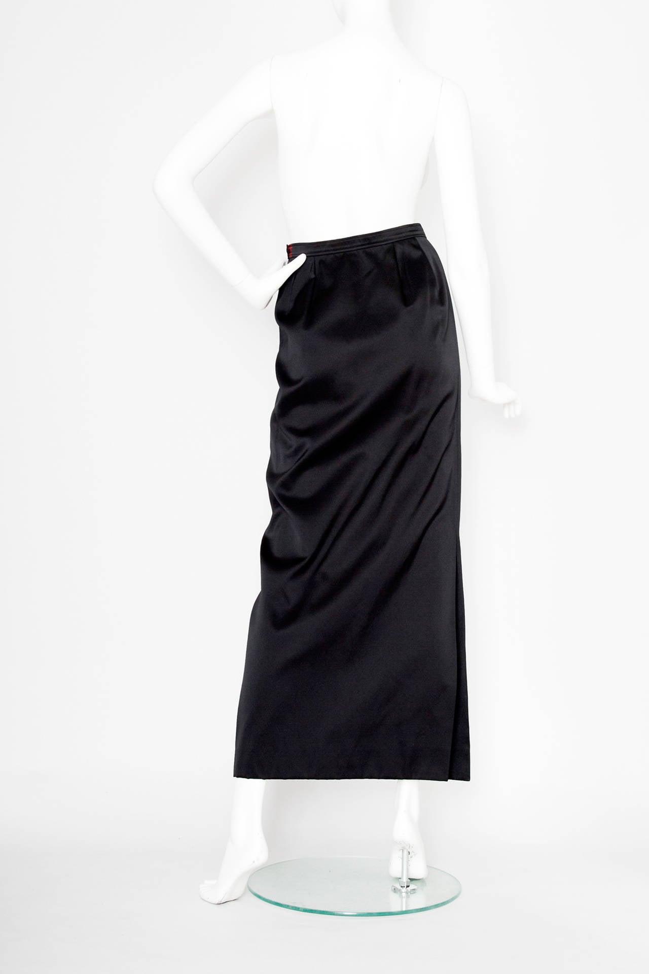 1990s Yves Saint Laurent Black Silk Satin Evening Skirt In Excellent Condition For Sale In Copenhagen, DK