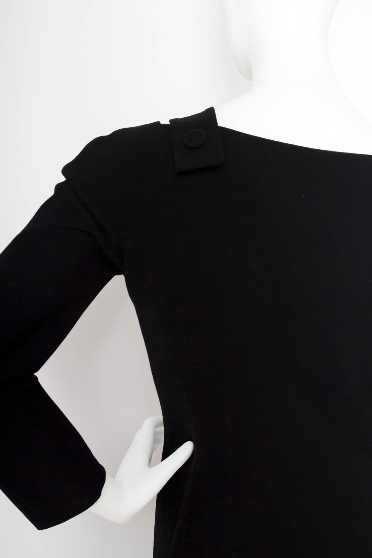 1980s Gianni Versace Couture Wool Little Black Dress For Sale 3