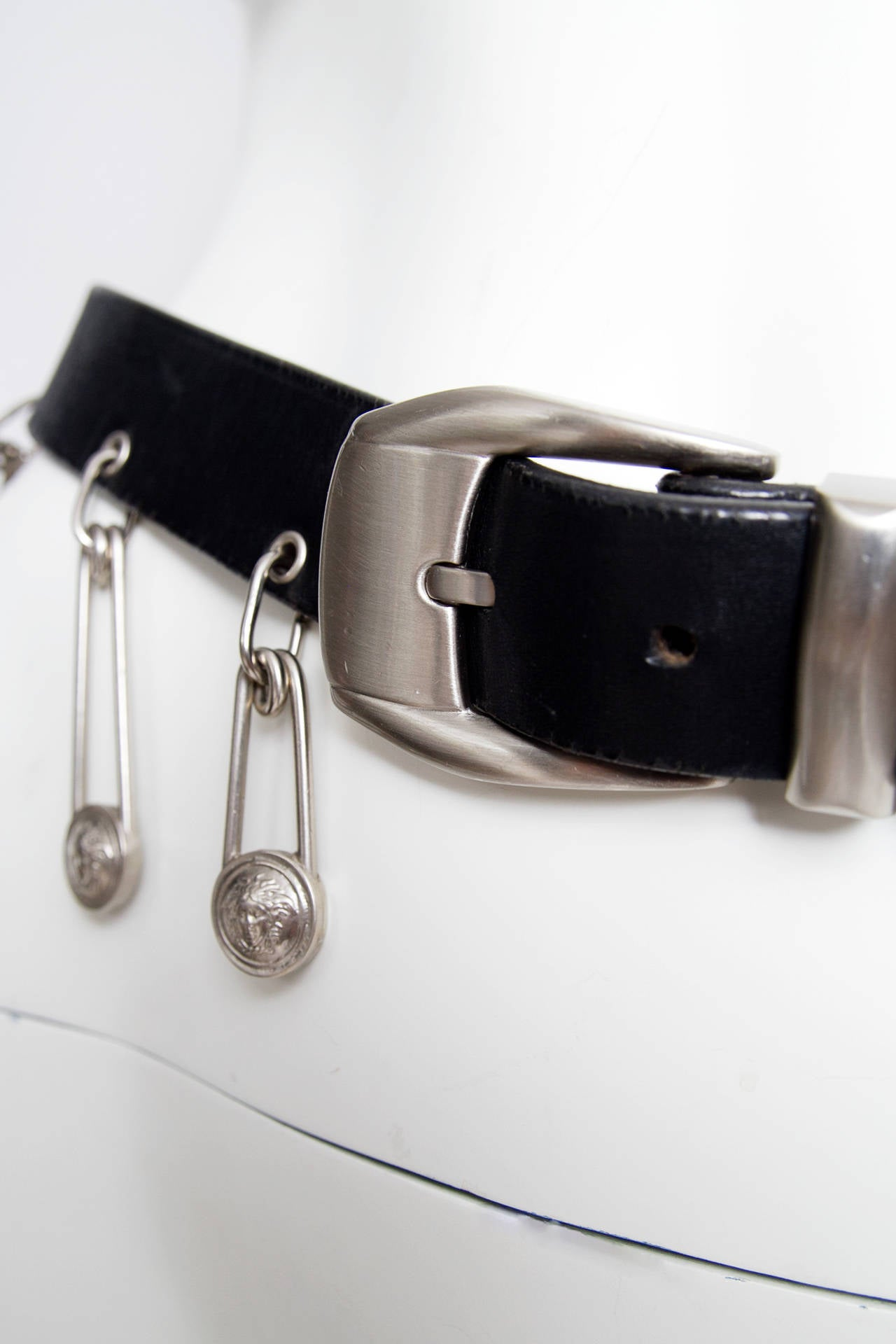 1990s Gianni Versace Black Leather Safety Pin Belt 8