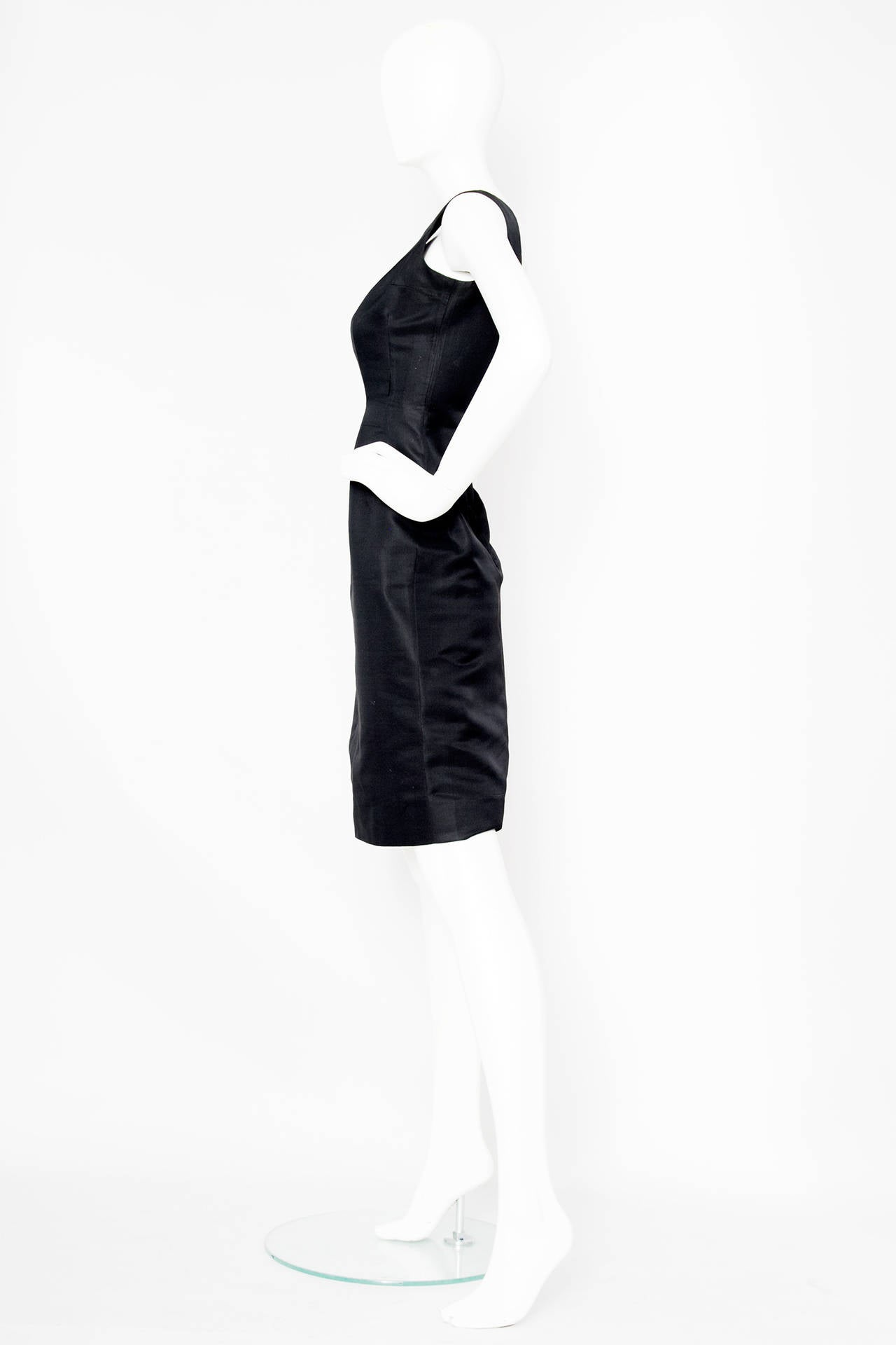 Rare 1960s Pierre Cardin Haute Couture Little Black Dress In Good Condition For Sale In Copenhagen, DK