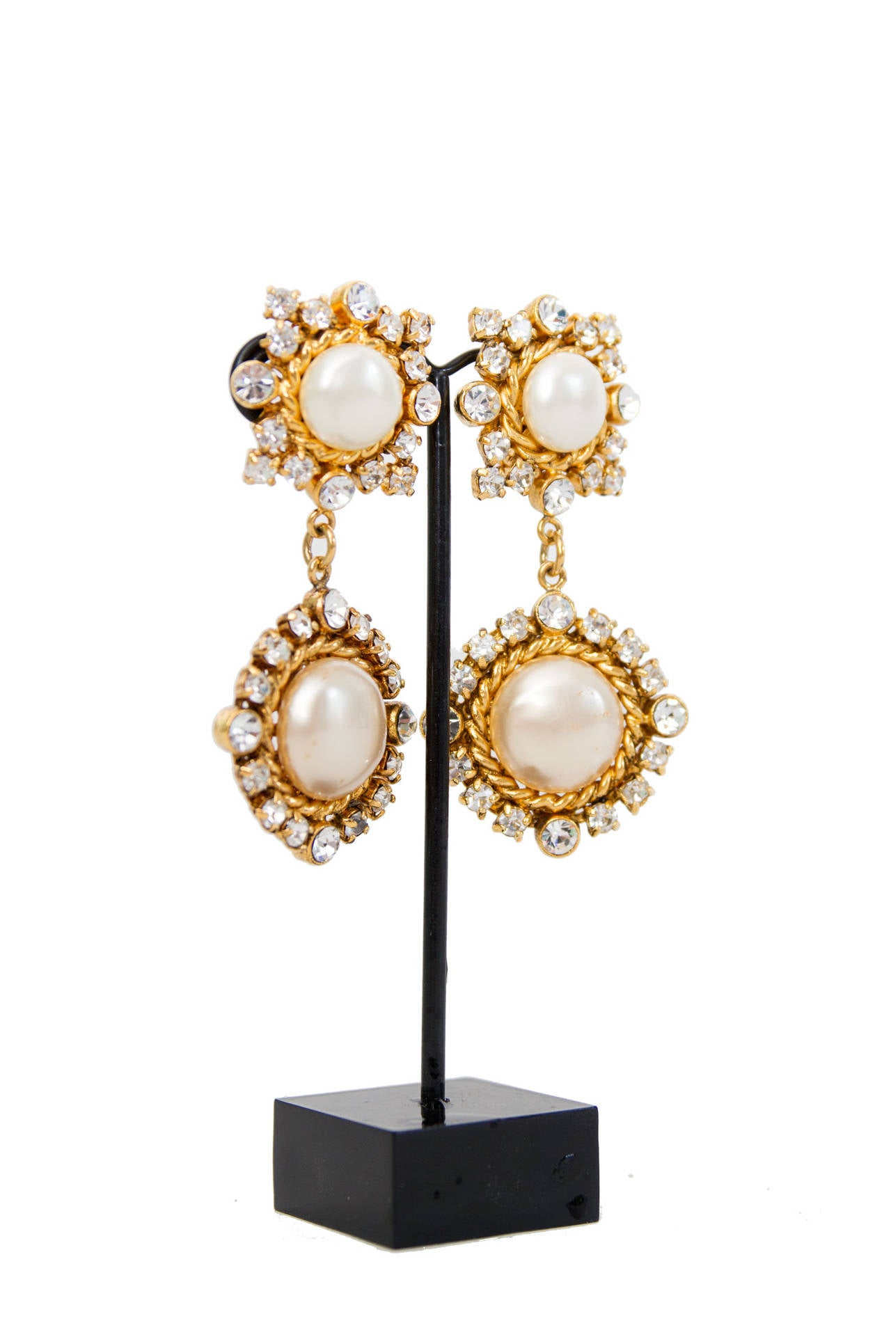 Glamorous 1980s Chanel Mother-of-Pearl Drop Earrings 2