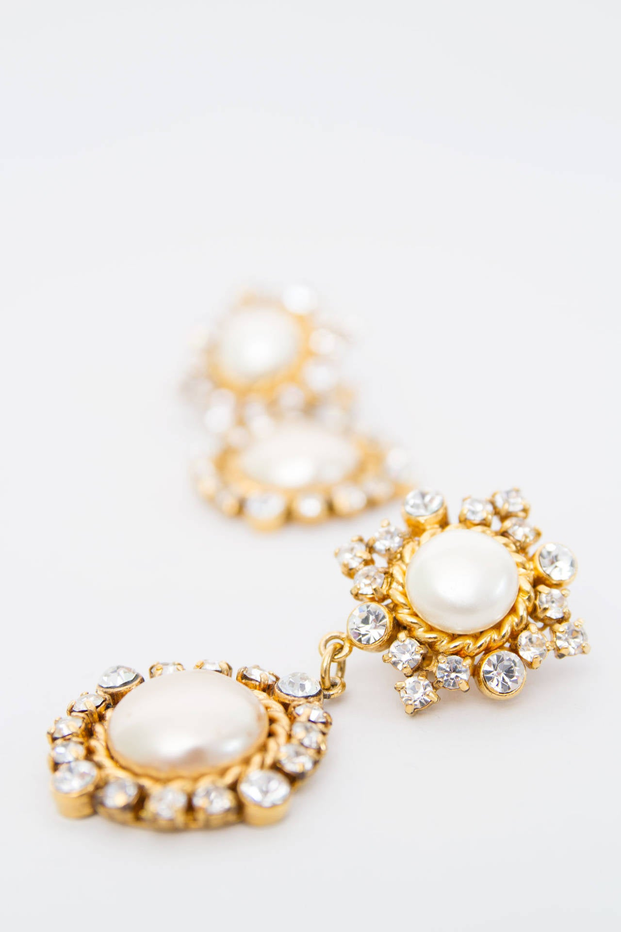 Glamorous 1980s Chanel Mother-of-Pearl Drop Earrings 7