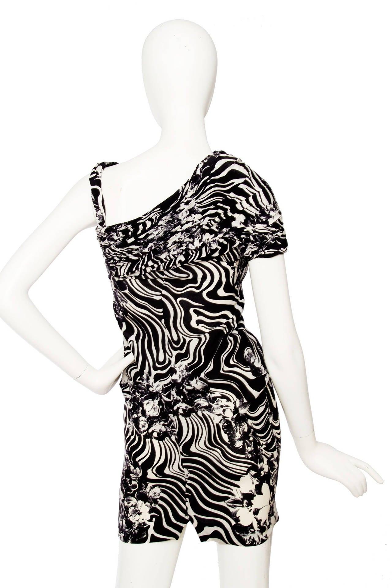 1980s Gianni Versace Monochrome Silk Dress 4