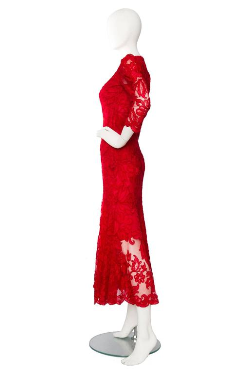 1983 Yves Saint Laurent Bright Red Haute Couture Evening Gown In Good Condition For Sale In Copenhagen, DK