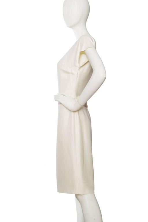 1980s Off-White Beaded Valentino Silk Dress In Good Condition For Sale In Copenhagen, DK