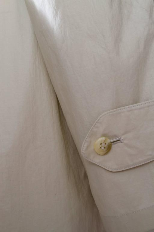 80s Burberry Off-white Cotton Double Breasted Trench Coat For Sale 2