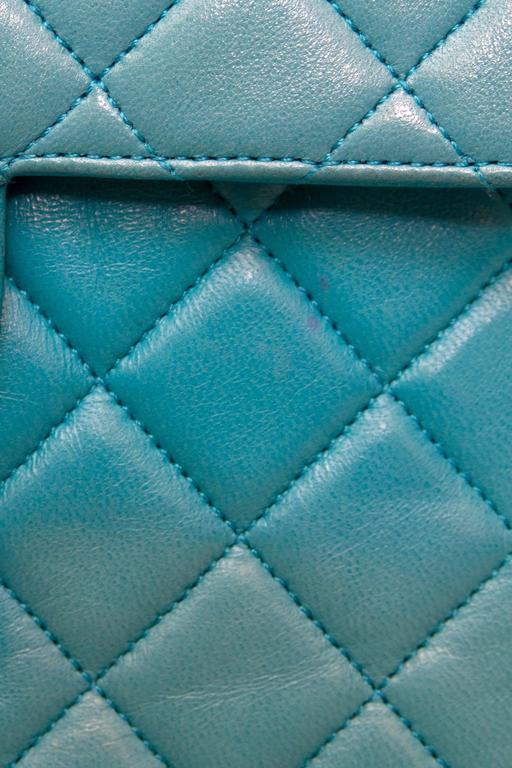 90s Turquoise Chanel Quilted Leather Shoulder Bag  For Sale 4