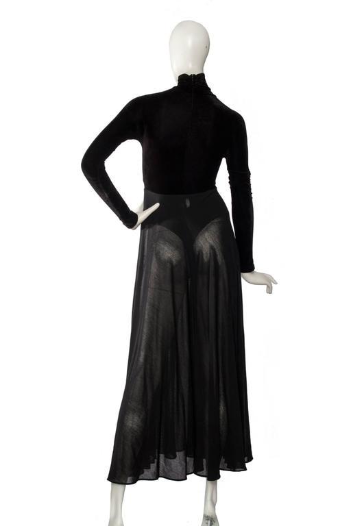 A 1990s Donna Karan Black Velvet Evening Gown  6