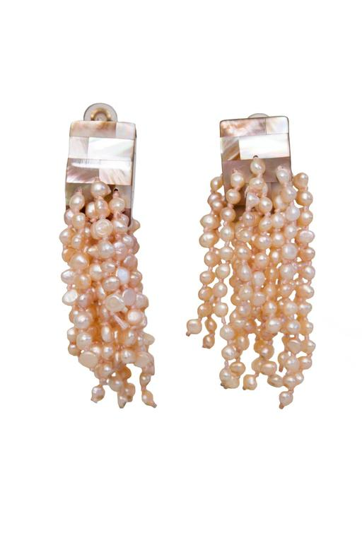 A Pair of 1980s Monies Pale-Pink Mother-of-Pearl Clip-On Earrings 8