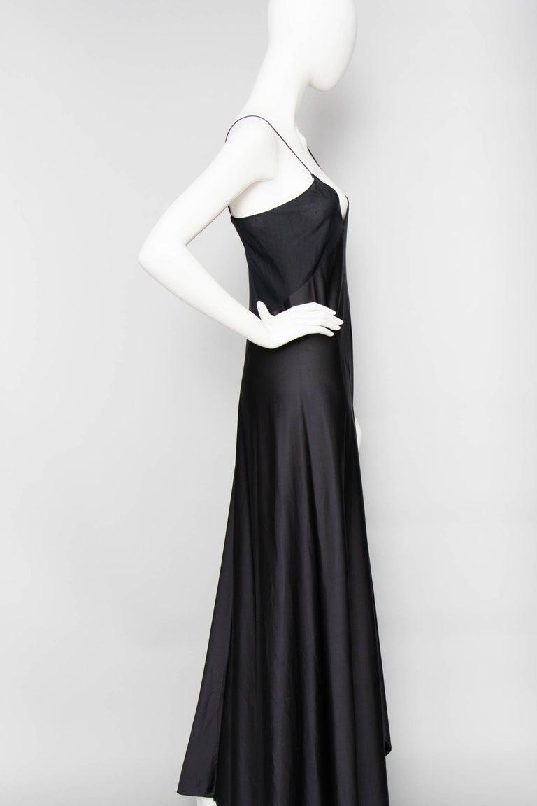 A 1990s Vintage Halston Black Silk Slip Dress S In Good Condition For Sale In Copenhagen, DK