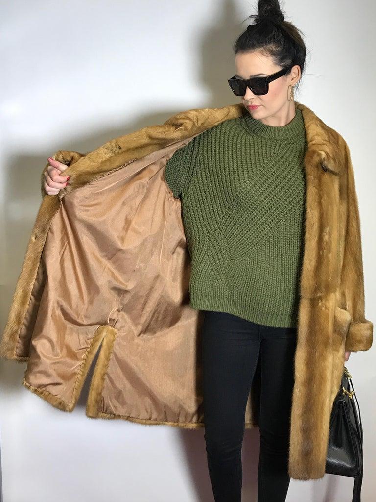 Saga mink silk fur 3/4 jacket / coat. Tan/beige. Gold mink. (9) For Sale 3