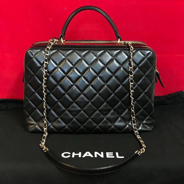 CHANEL CC bowling bag / shoulder bag black quilted lambskin 2016 In Good Condition For Sale In Berlin, DE
