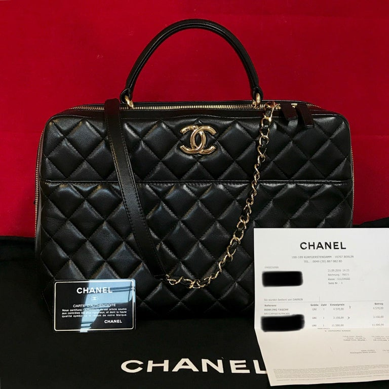 CHANEL CC bowling bag made of black quilted lambskin & gold hardware.  The bag is in a very good condition and has minimal signs of use.  The delivery includes: - Chanel bowling bag - Dustbag - warranty card - Original CHANEL bill of