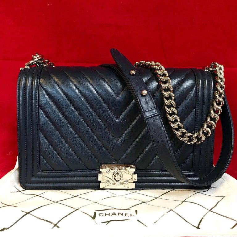 Black CHANEL Boy New Medium navy blue shoulder bag chevron lambskin 2016 For Sale