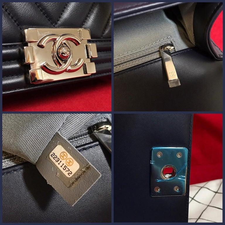 CHANEL Boy New Medium navy blue shoulder bag chevron lambskin 2016 For Sale 4