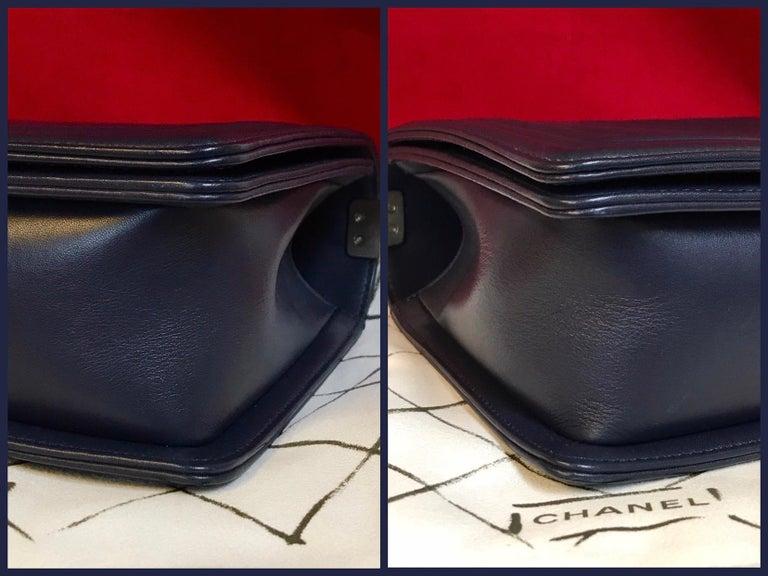 CHANEL Boy New Medium navy blue shoulder bag chevron lambskin 2016 For Sale 1