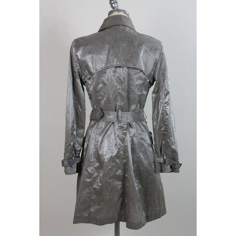 Women's Giorgio Armani Trench Raincoat Glossy Effect Linen Check Vintage Gray, 1990s For Sale