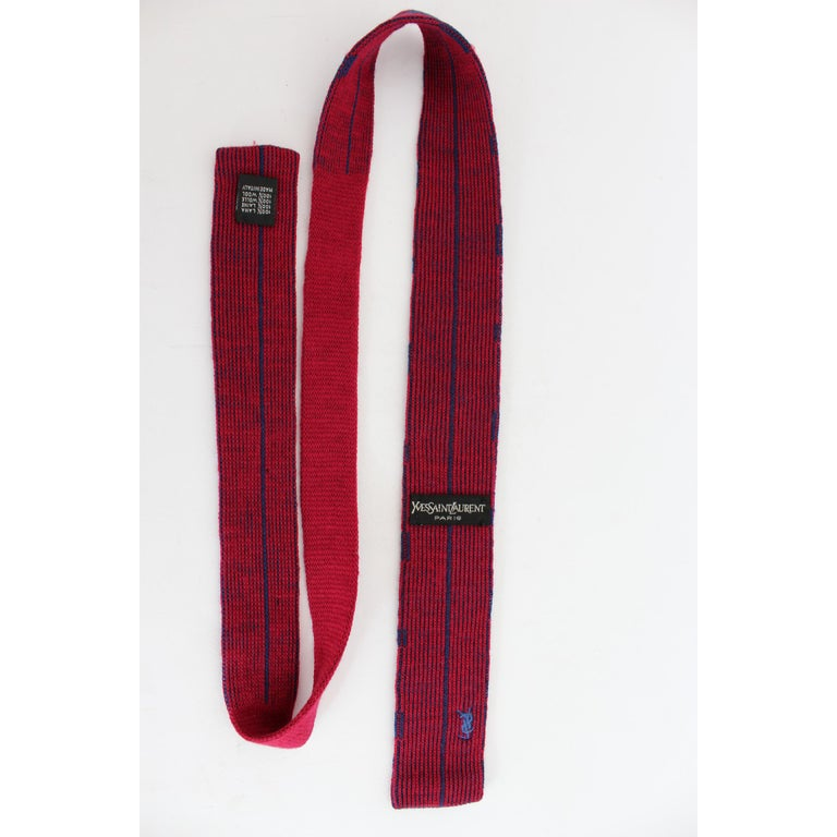 Yves Saint Laurent vintage tie, red and blue striped 100% wool. Excellent vintage conditions.  Length: 127 cm Width: 5.5 cm