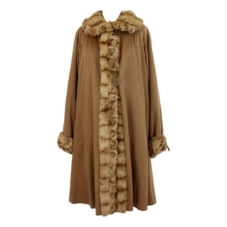 0fae493a0187 1970s Fendi Beige Fur Sable Camel Hair and Silk Coat For Sale at 1stdibs