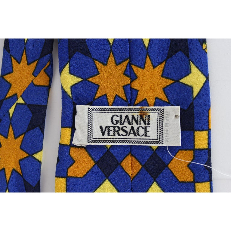 1980s Gianni Versace Tie Silk Baroque Vintage Blue Gold For Sale 2
