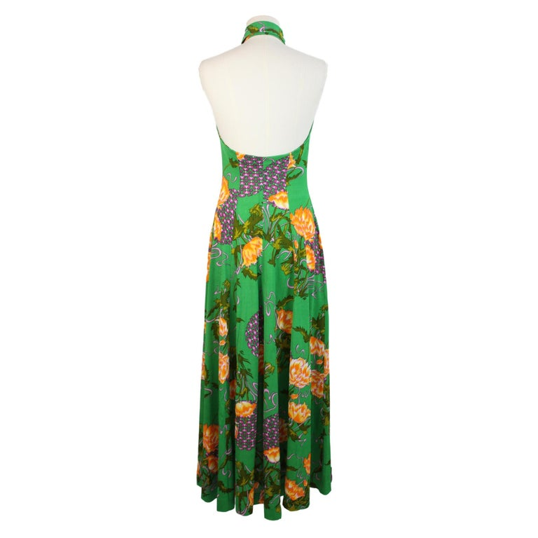 Long dress for women, green with colorful floral patterns. American neckline, sleeveless. Made in Italy. Excellent vintage conditions.  Size: 40 It 6 Us 8 Uk  Shoulders: 40 cm Chest / bust: 44 cm Length: 150 cm