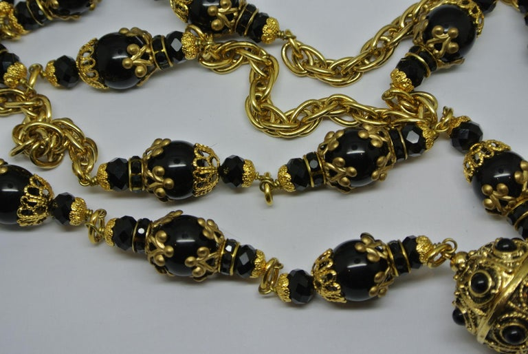 Chanel Gripoix Poured Glass Black Beaded Filigree Chain Necklace In Good Condition For Sale In London, GB