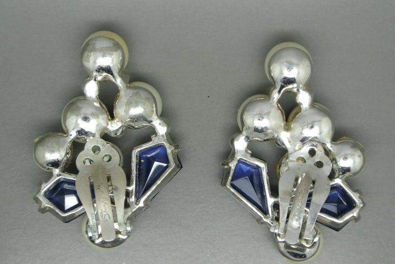 Schiaparelli 1950s blue glass faux pearl gold-tone earrings In Fair Condition For Sale In London, GB