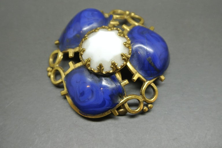 Gripoix Made in France lapis Blue Poured Glass abstract Brooch In Good Condition For Sale In London, GB