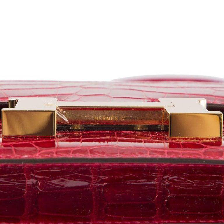 HERMES Braise red Shiny Alligator CONSTANCE 18 Shoulder Bag For Sale 3