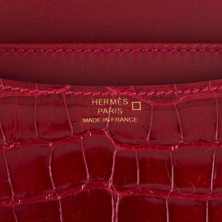 HERMES Braise red Shiny Alligator CONSTANCE 18 Shoulder Bag For Sale 2
