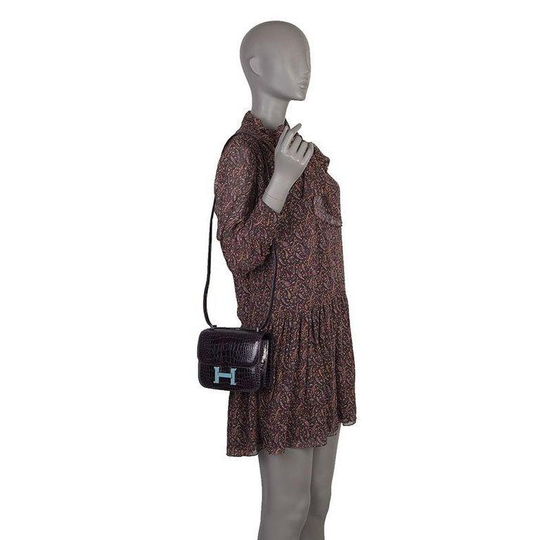 HERMES Cassis Shiny Crocodile LTD ED Enamel H CONSTANCE 18 Shoulder Bag For Sale 2