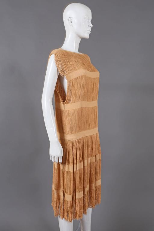 Brown fringed panelled linen flapper dress, c. 1920s For Sale