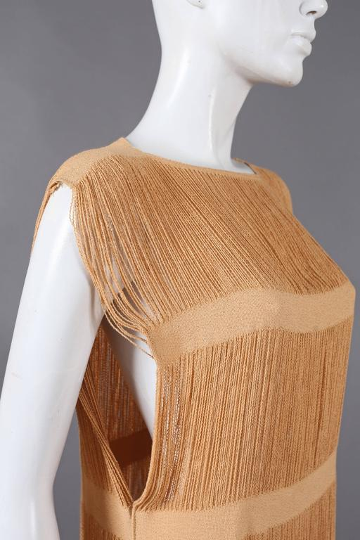 fringed panelled linen flapper dress, c. 1920s In Excellent Condition For Sale In London, GB
