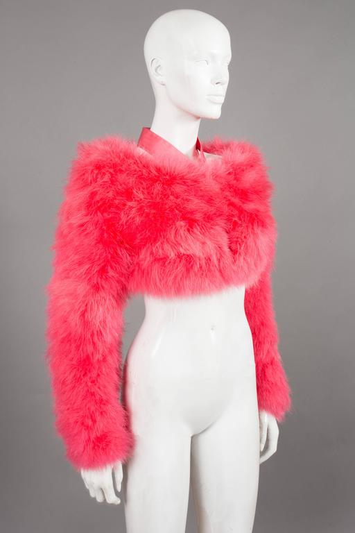 Fine and rare Tom Ford for Gucci hot pink marabou evening bolero jacket from the spring-summer 2004 runway show. Silk halter neck, hook-and-eye closures and silk lining. 