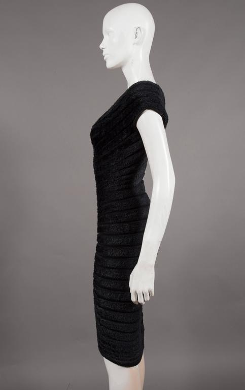 Alaïa black chenille-knitted evening gown, 'Houpette', C. 1994 In Excellent Condition For Sale In London, GB