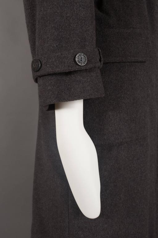 Yves Saint Laurent cashmere fall coat with fox fur collar, circa 1990 For Sale 3