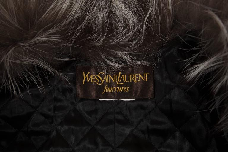 Yves Saint Laurent cashmere fall coat with fox fur collar, circa 1990 For Sale 4