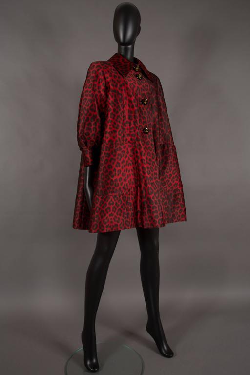 Jaques Fath red leopard print evening silk swing coat, circa 1992 2