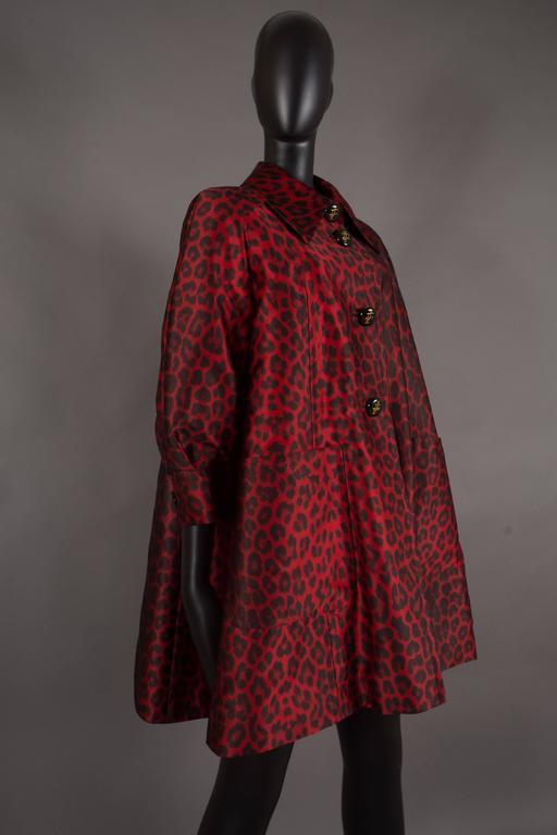 Jaques Fath red leopard print evening silk swing coat, circa 1992 4