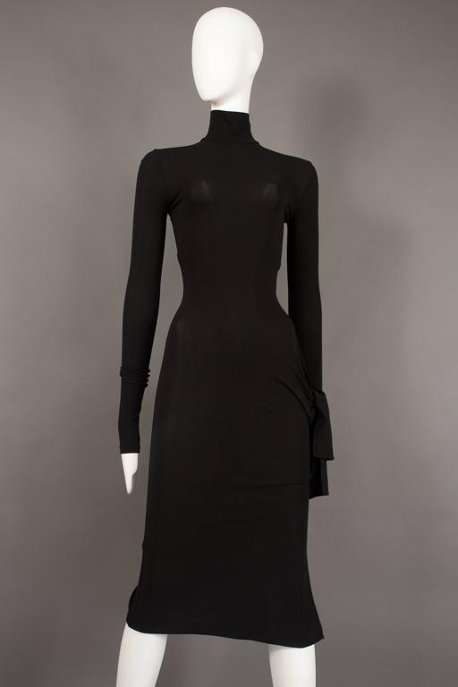 Dolce & Gabbana black bodycon evening dress with cut out, circa 2001 For Sale 2