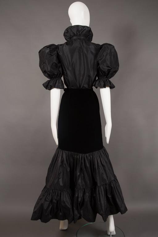 Women's Yves Saint Laurent silk taffeta and velvet evening ensemble, circa 1977-78 For Sale