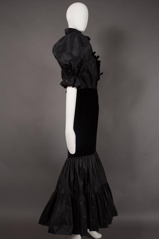 Black Yves Saint Laurent silk taffeta and velvet evening ensemble, circa 1977-78 For Sale